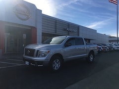2019 Nissan Titan SV 4X4 LIFETIME WARRANTY PICKUP