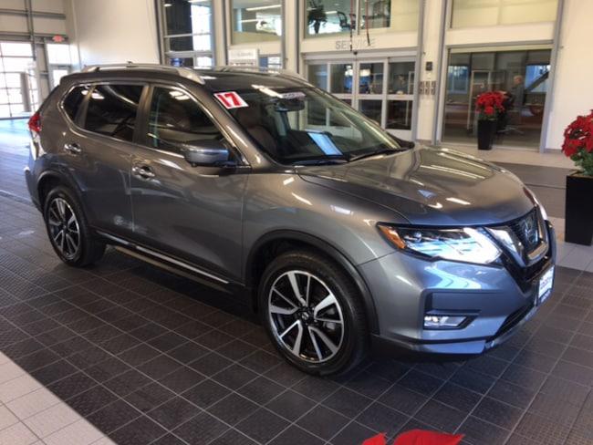 Used 2017 Nissan Rogue Sl Awd W Premium Platinum Plat Reserve