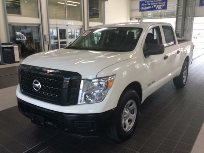 Used 2017 Nissan Titan S 4X4 W/ TOW PACKAGE CC in North Smithfield near Providence