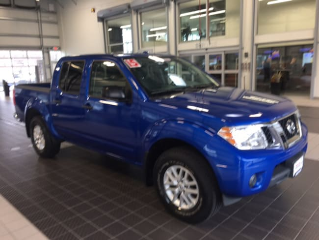Used 2015 Nissan Frontier SV 4X4 W/ SV VALUE PACKAGE CC in North Smithfield near Providence