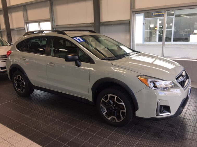 Used 2017 Subaru Crosstrek PREMIUM AWD W/ LEATHER 5 SPEED GEARBOX SUV in North Smithfield near Providence