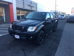 2019 Nissan Frontier SV  MIDNIGHT EDITION CREW CAB 4X4 LIFETIME WARRANT PICKUP