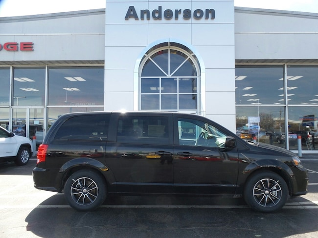 New 2018 Dodge Grand Caravan SE PLUS Passenger Van in Rockford