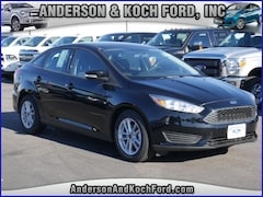 New 2018 Ford Focus SE Sedan 1FADP3F22JL260414 for sale in North Branch, MN