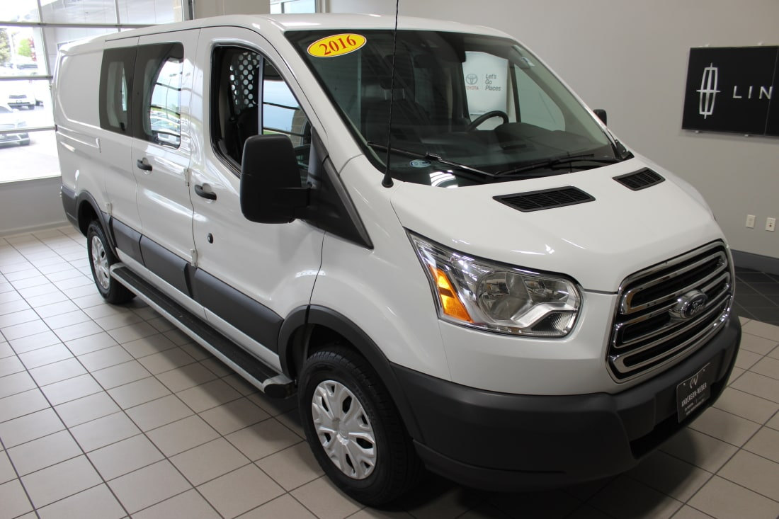 2016 Ford T250 Vans Cargo Low Roof 130