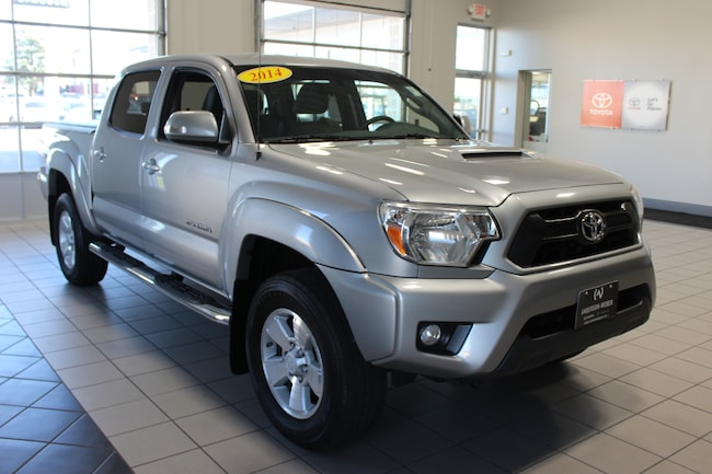 2014 Toyota Tacoma 4x4 Truck Double Cab