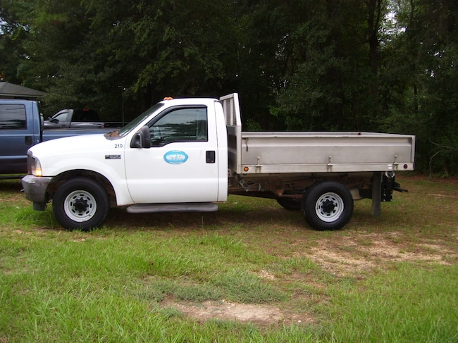 2003 Ford F-350 Chassis XL Truck Regular Cab