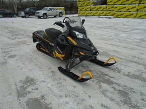 2013 SKI-DOO Renegade BackCountry X  800R E-TEC -