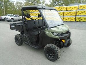 2018 CAN-AM Defender DPS HD5