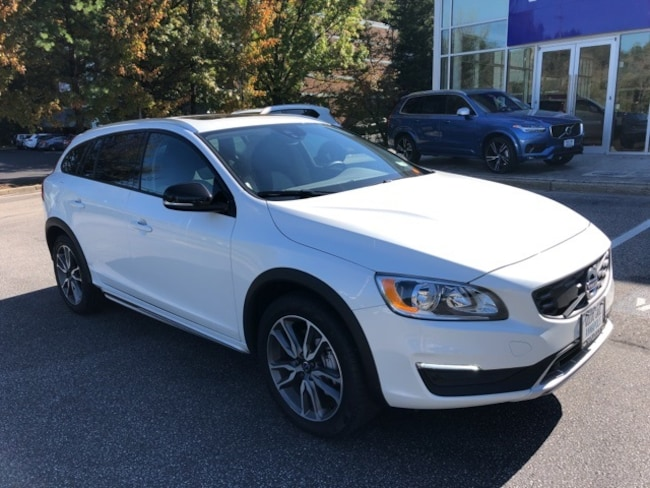 New 2017 Volvo V60 Cross Country T5 AWD Wagon Annapolis, MD