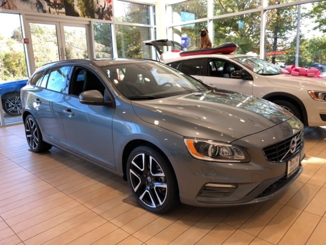 New 2017 Volvo V60 T5 Dynamic Wagon Annapolis, MD