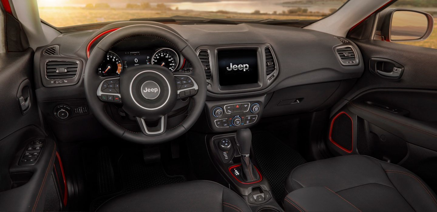 Chicagoland Area 2018 Jeep Compass Interior