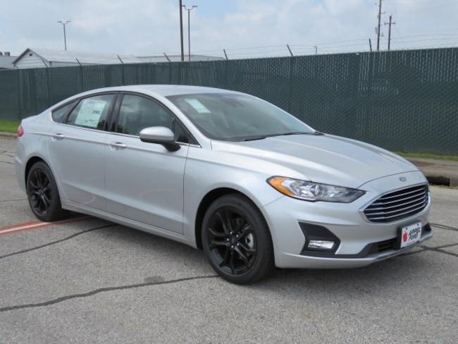 New 2019 Ford Fusion SE Sedan for sale in Brenham, TX