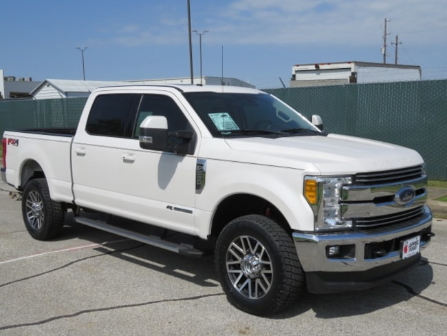 Used 2017 Ford F-250SD Lariat Truck for sale in Brenham, TX