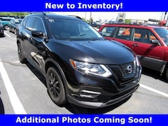 Used 2017 Nissan Rogue SUV HD1891A for sale in York, PA