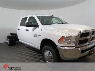 New 2018 Ram 3500 TRADESMAN CREW CAB CHASSIS 4X4 172.4 WB Crew Cab for sale in Shakopee