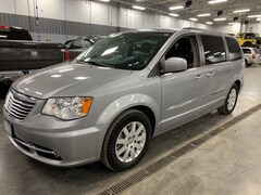 Used 2015 Chrysler Town & Country Touring Minivan/Van for sale in Shakopee