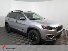 New 2019 Jeep Cherokee ALTITUDE 4X4 Sport Utility for sale near Burnsville