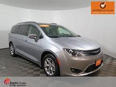 Certified 2018 Chrysler Pacifica Limited Minivan/Van for sale in Shakopee