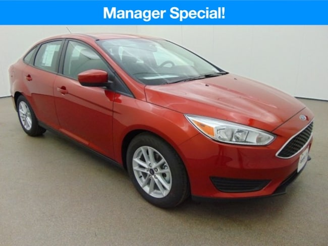 New 2018 Ford Focus SE Sedan near Baltimore, MD
