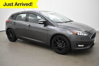 Certified Pre-Owned 2016 Ford Focus SE Hatchback near Baltimore