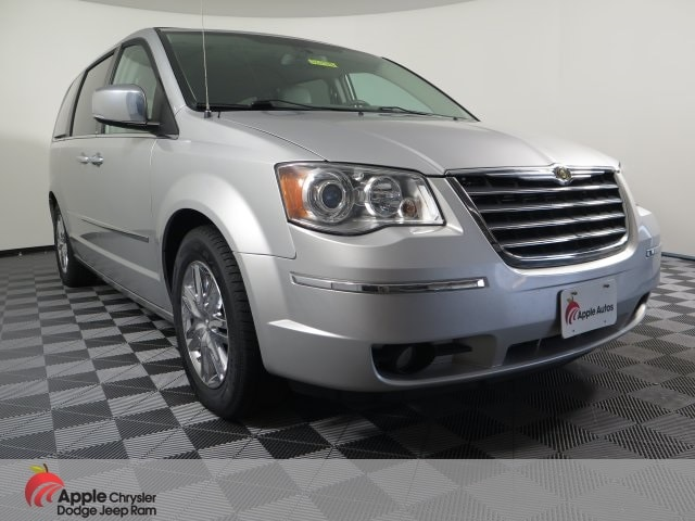 2010 Chrysler Town & Country Limited Minivan/Van