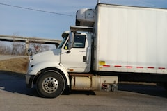 2013 INTERNATIONAL 8600 Transtar with 30' box