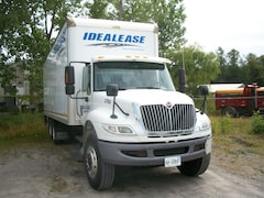 2012 INTERNATIONAL 4400 Tandem axle w/26' box