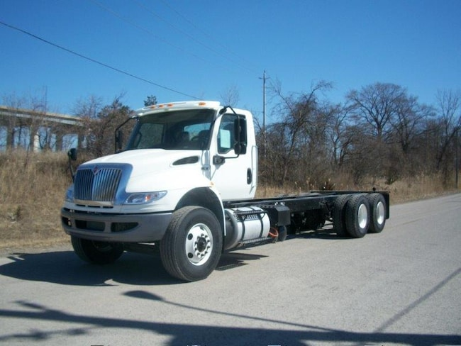 2020 INTERNATIONAL HV with 16,000 lb front axle