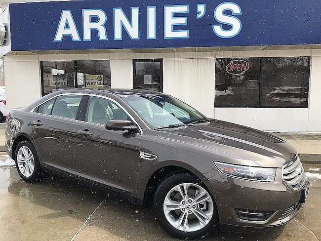 2016 Ford Taurus SEL Mid-Size Car