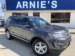2016 Ford Explorer XLT Full Size SUV