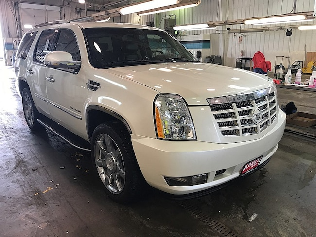 2010 Cadillac Escalade Luxury Full Size SUV