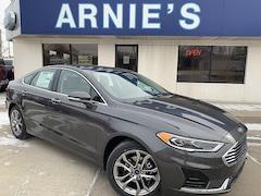 2019 Ford Fusion SEL Mid-Size Car