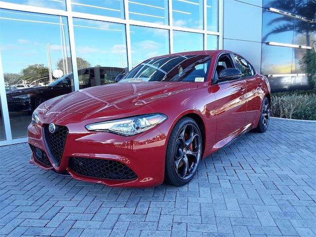 2019 Alfa Romeo Giulia TI SPORT CARBON RWD Sedan