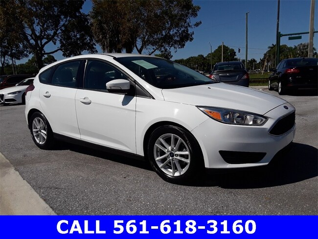 2017 Ford Focus SE Hatchback