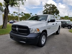 2019 Ram 1500 CLASSIC TRADESMAN QUAD CAB 4X2 6'4 BOX Quad Cab 1C6RR6FT2KS608280
