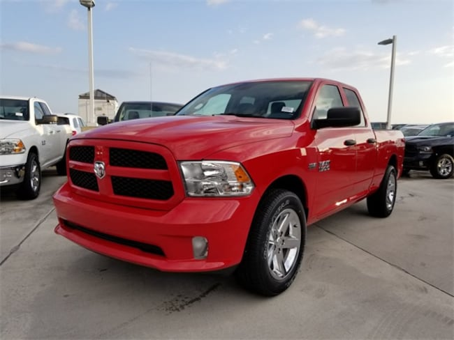 New 2018 Ram 1500 EXPRESS QUAD CAB 4X2 6'4 BOX Quad Cab For Sale/Lease Tamarac, Florida