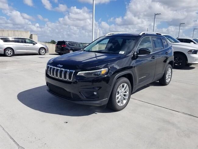 New 2019 Jeep Cherokee LATITUDE FWD Sport Utility For Sale/Lease Tamarac, Florida