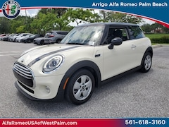 2014 MINI Cooper Base Hatchback