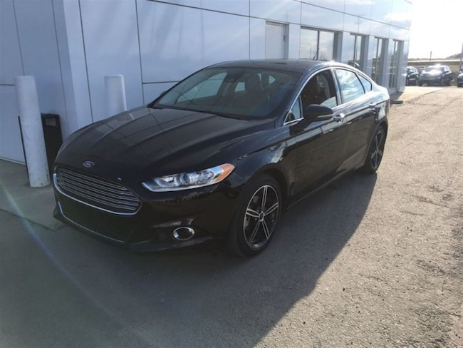 Used 2016 Ford Fusion Titanium - Leather Seats -  Memory Seats Sedan  in Nisku