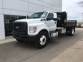 2016 Ford F-750 Local ONE Owner Like NEW!!