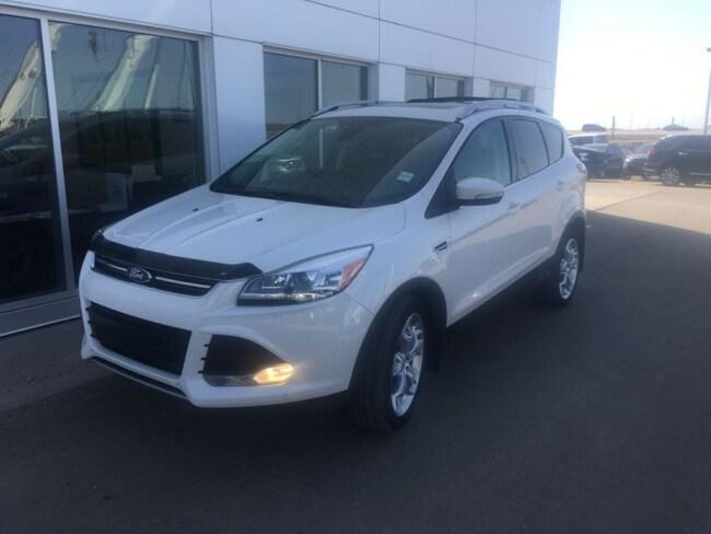 Used 2014 Ford Escape Titanium - Leather Seats -  Bluetooth SUV  in Nisku