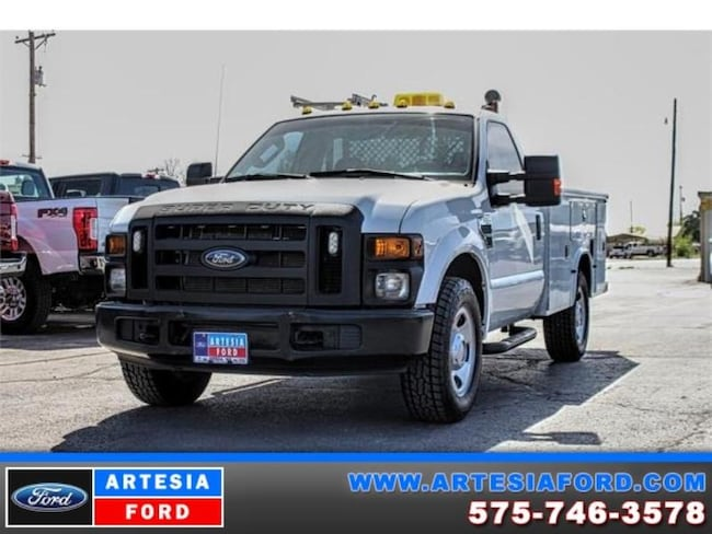 2009 Ford F-350 Chassis Cab XL Chassis Truck