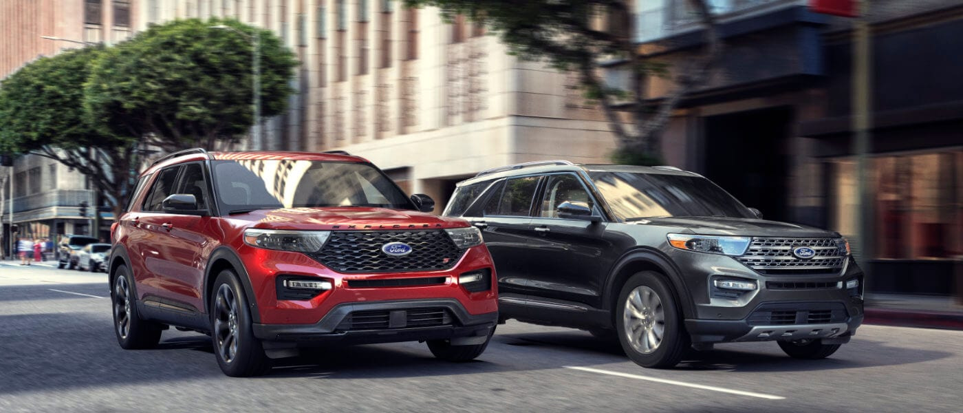 2020 Ford Explorer side by side driving on street