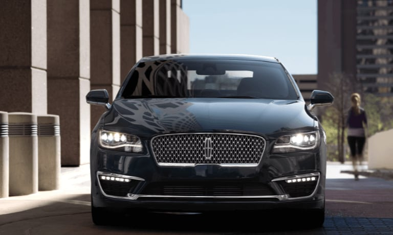 Front view of the 2019 Lincoln MKZ