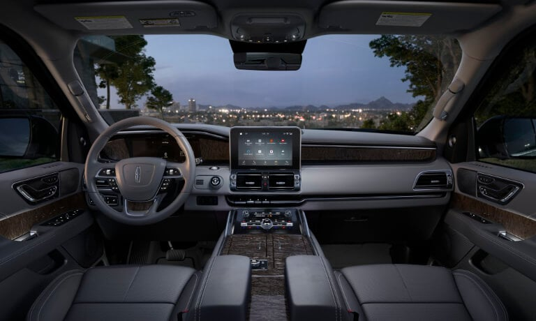 2019 Lincoln Navigator interior tech view