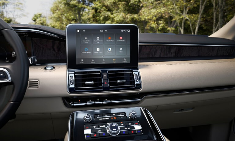 2019 Lincoln Navigator infotainment view