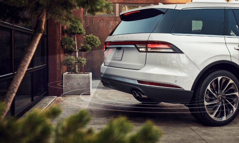 2020 Lincoln Aviator parking sensor