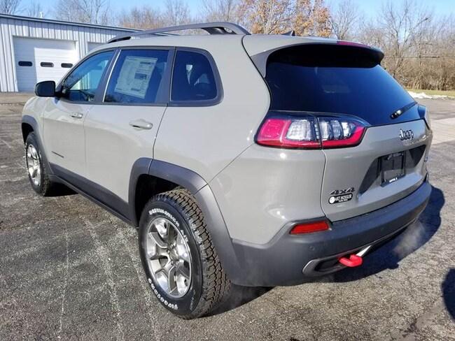 New 2019 Jeep Cherokee TRAILHAWK 4X4 For Sale | Canton IL