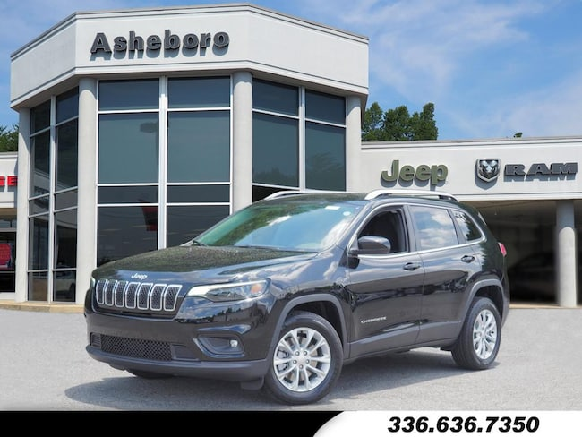 New 2019 Jeep Cherokee LATITUDE FWD Sport Utility Near Greensboro NC